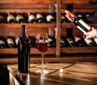 Как выбрать вино, чтобы не отравиться?