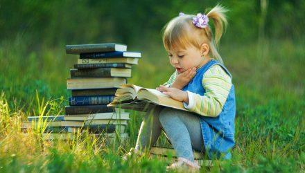 «Не надо гнаться за количеством прочитанных за лето книг» интервью с автором пособий по литературному чтению